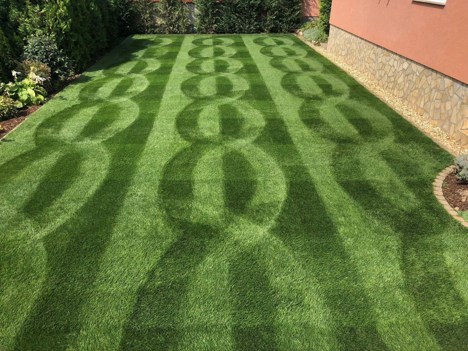 Allett Creative Lawn Stripe Winner